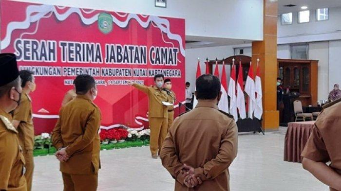Saksikan Sertijab Lima Camat di Kukar, Sekda: Segera Koordinasi dengan Pejabat Lama