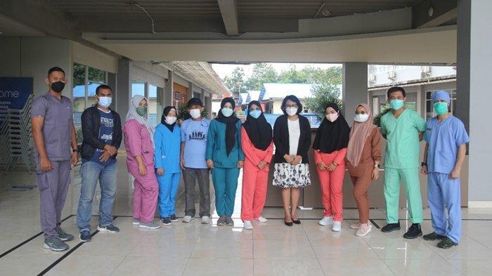 Vaksinasi Covid-19 di Sekolah Harapan Bangsa Balikpapan terlaksana berkat kerja sama dengan Rumah Sakit Tentara RS Dr. R. Hardjanto.