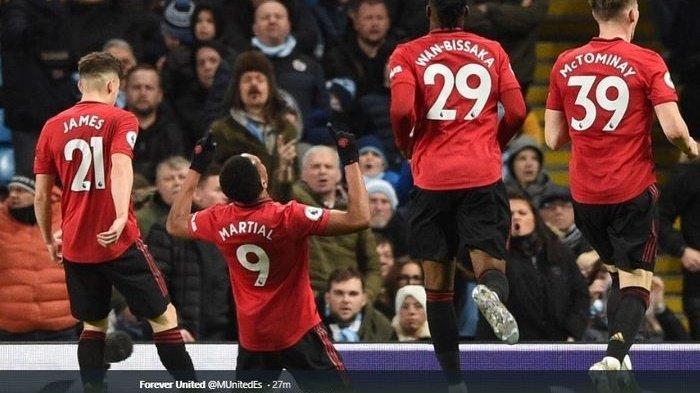 Hasil & Klasemen Liga Inggris Chelsea Takluk, Man United Pecundangi Man City, Liverpool Makin Kokoh