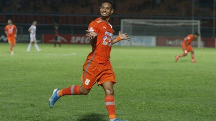 Pemain Terbaik Liga 1 Resmi Tinggalkan Klub, Persija dan Persib jadi Kandidat Kuat Tempat Barunya