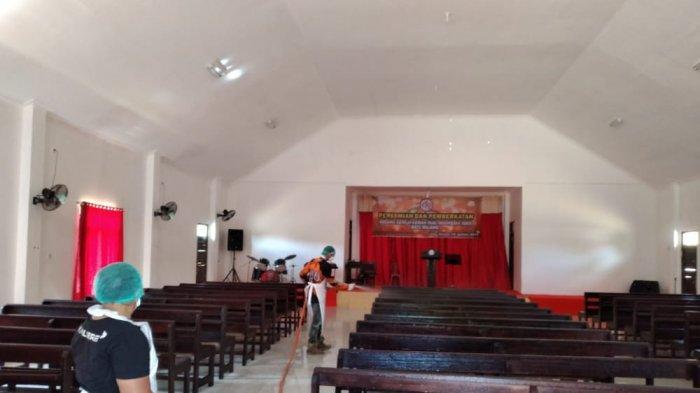 Cegah Paparan Covid-19 di Mahulu, DLH dan Puskesmas Semprot Disinfektan di Ujoh Bilang dan Kampung
