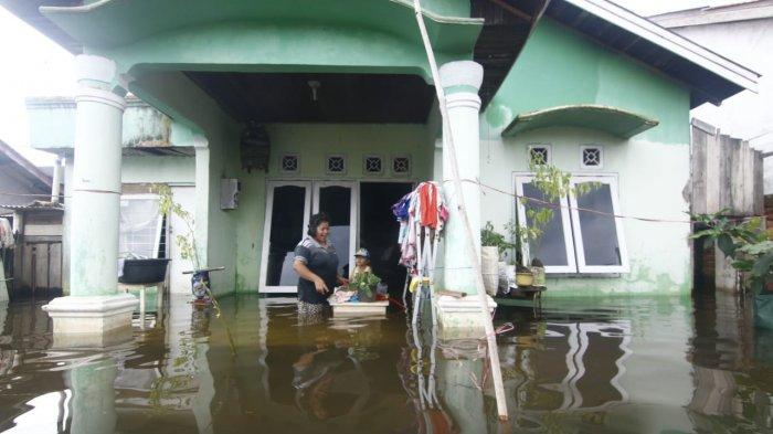 Akibat Banjir, Listrik 2.000 Rumah Padam di Samarinda, PLN Upayakan 18 Januari Sudah Menyala