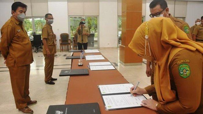 20 Pejabat Administrator dan Pengawas Dilantik, Sekda Ingatkan Pejabat Harus Jadi Teladan