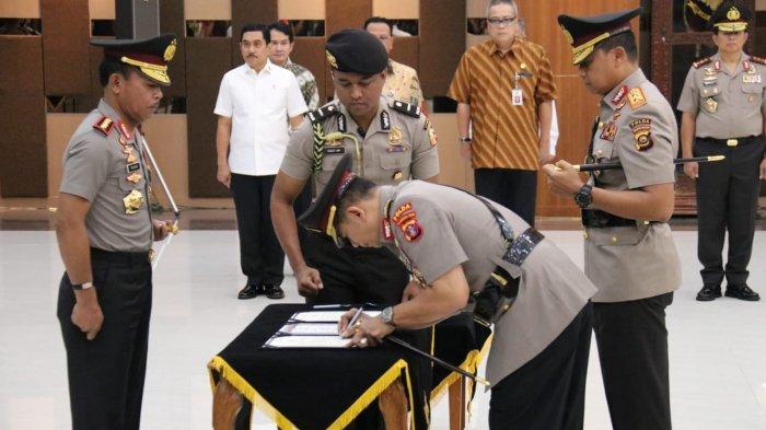 BREAKING NEWS Irjen Pol Muktiono Jabat Kapolda Kaltim, Priyo Widyanto Bergeser ke Sumsel