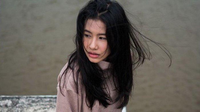 Tunjukkan Perhatian, Shenina Cinnamon Mantan Kekasih Jefri Nichol Kunjungi Polres Metro Jaksel