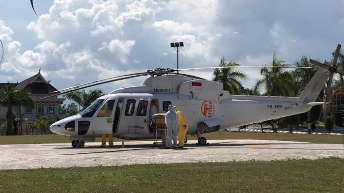 BREAKING NEWS Direktur RSUD Kudungga dr Anik Istiandari Diterbangkan dengan Helikopter ke Balikpapan