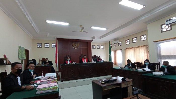 Dua Terdakwa Kasus Dugaan Korupsi Perusda PT AKU Dituntut 15 Tahun Penjara dan Bayar UP Rp 14,8 M