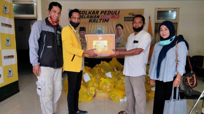 Tim Harum Center Bagikan 20 Ribu Paket Sembako, TiapJumat Beri 300 Paket ke Warga Terdampak Corona