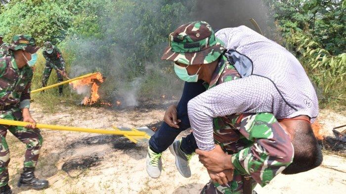 Antisipasi Kebakaran Hutan dan Lahan, Personel Gabungan Gelar Simulasi di Kutai Kartanegara