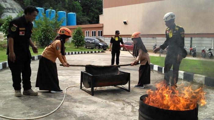 Kerap Terjadi Bencana Alam di Indonesia, ACT dan MRI Latih Murid SD Siaga terhadap Bencana