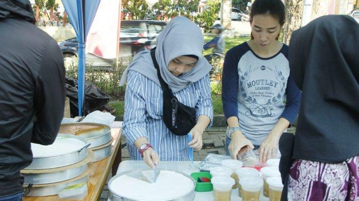 Bunda Nisa Habiskan  30 Porsi Pisang Hijau,  Amparan Tatak Dijual Rp 12 ribu/Potong