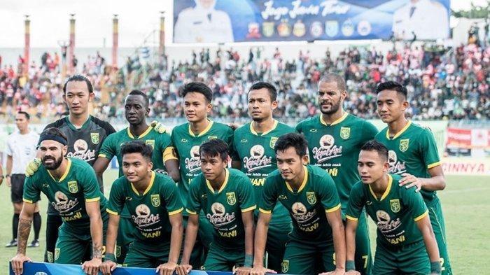 Aji Santoso Lakukan Ini Jelang Duel Eks Arema FC di Liga 1 2020 Persebaya vs Persik Kediri