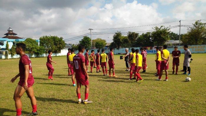 Pemain Persiba Balikpapan Kena Pukul Official Martapura FC, Gede Widiade: Saya Percayakan PSSI