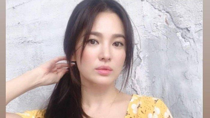Song Hye Kyo Beri Kabar Gembira di Tengah Perceraiannya, tapi Agensi Tak Beri Jawaban Soal Kehamilan