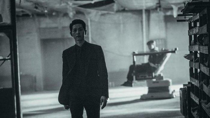 Drama Vincenzo Telah Berakhir, Song Joong Ki Ungkap Cerita Lucu di Balik Layar