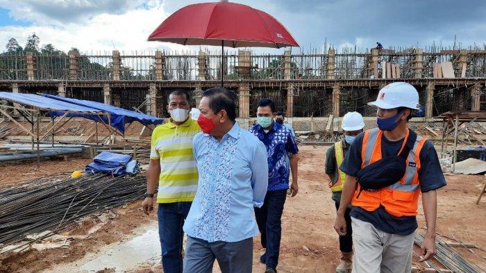 Tinjau Progres Pembangunan Stadion Olympic Mini, Ketua DPRD Kaltim Dorong Pemkab Berau Serius