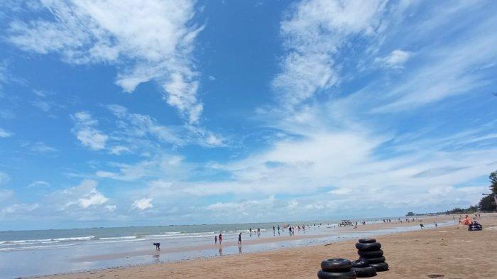 Direlaksasi, Situasi Pantai Manggar Balikpapan Terpantau Kondusif Meski Ramai