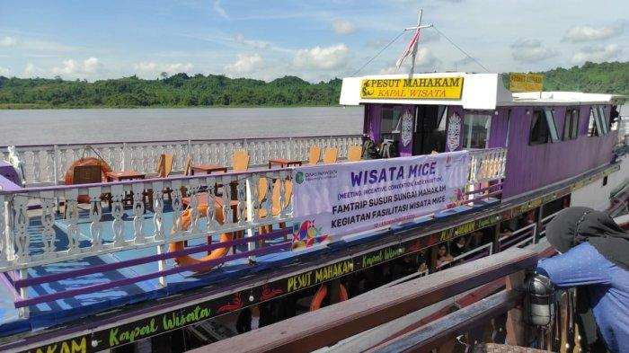Dinas Pariwisata Kutai Kartanegara Fasilitasi OPD Family Trip Susur Sungai Mahakam