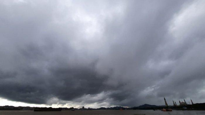 Prakiraan Cuaca Hari Ini Kamis 15 Juli 2021, Samarinda Didominasi Hujan Pagi Hingga Siang Hari