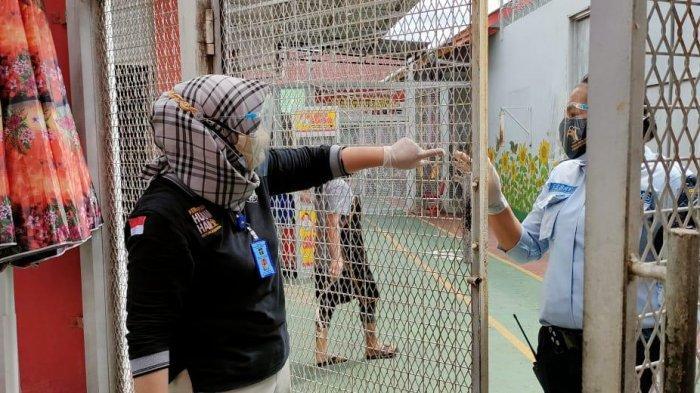 Pastikan Tak Ada Gangguan Keamanan, Kamar Hunian Warga Binaan Lapas Perempuan Tenggarong Digeledah