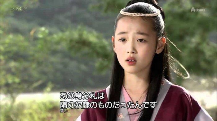 Sulli dalam drama Ballad of Seodong.