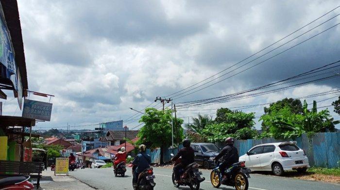 Waspada Cuaca Ekstrem Jumat 11 Juni 2021, Hujan Lebat dan Petir Bakal Terjadi di Kalimantan Timur