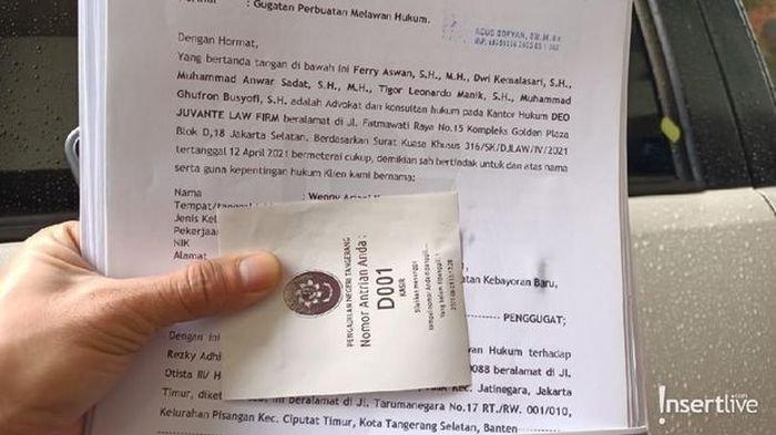 Surat gugatan Wenny Ariani untuk Rezky Aditya