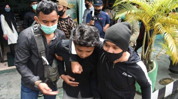 Bukan Menyamar Jadi Mahasiswa, Mabes Polri Jelaskan Langsung Kasus Perwira Dipukul Sabhara Saat Demo