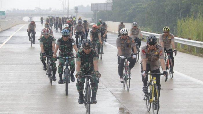Jelang Peresmian Tol Balikpapan-Samarinda oleh Presiden Jokowi, Ini yang Dilakukan Pangdam & Kapolda