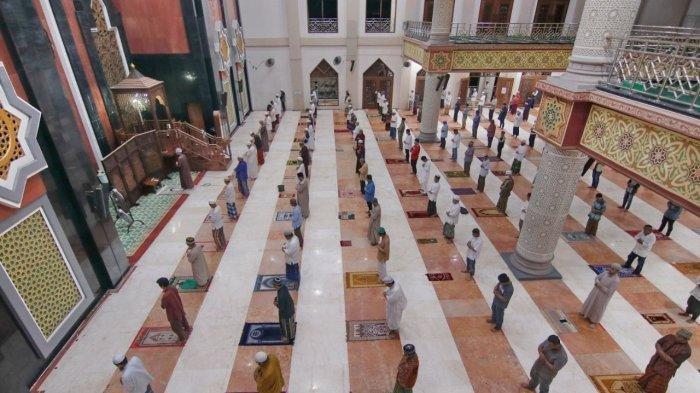 Tata CaraShalat Tarawihdi Rumah Berjamaah & Sendiri-sendiri, Bacaan Niat dan Doa Kamilin