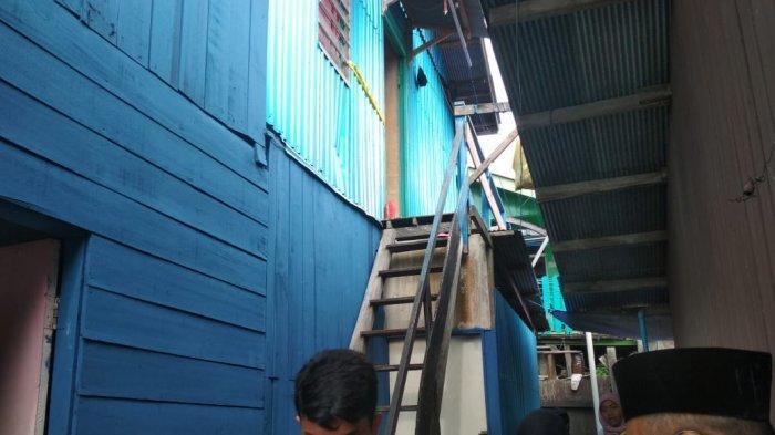 Kediaman Janda Korban Pembunuhan Dipasang Garis Polisi, Begini Pengakuan Ketua RT 24 Kelurahan Damai