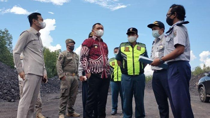 Terjadi Penumpukan Batu Bara Tanpa Izin di Pelabuhan Tempayang, Bupati Harap Dishub Segera Bertindak