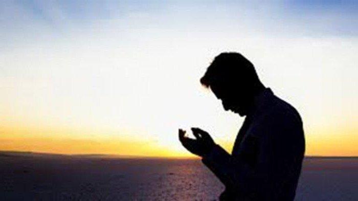Setelah Melaksanakan Sholat Sunnah Dhuha Disunnahkan untuk Berdoa, Ini Bacaan Doanya