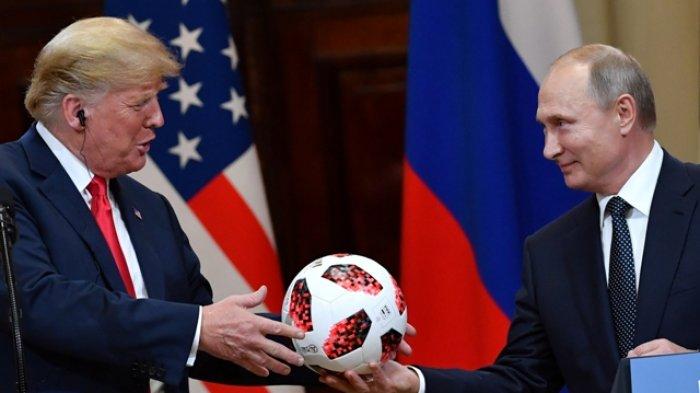 Amerika Serikat Was-was Bola Hadiah Putin