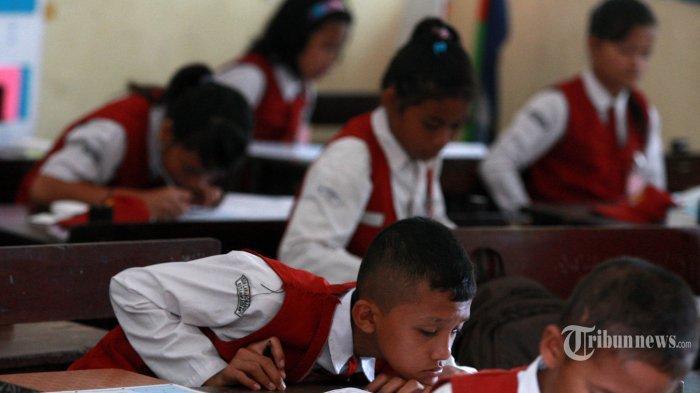 Anak Buah Nadiem Makarim Pastikan Tahun Ajaran Baru tak Diundur, Sekolah Mulai Dibuka Bulan Juli