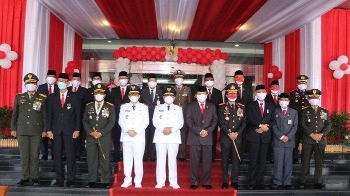 Pimpinan DPRD Kaltim Ikuti Upacara HUT ke-76 RI, Makmur: Jangan Ada Perpecahan yang Merusak Bangsa