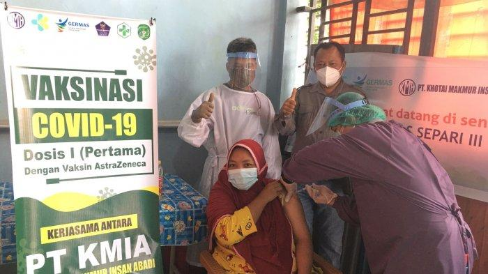 PT KMIA Salurkan 500 Dosis Vaksin di Kukar, Terbagi di Puskesmas Separi 3 dan Teluk Dalam