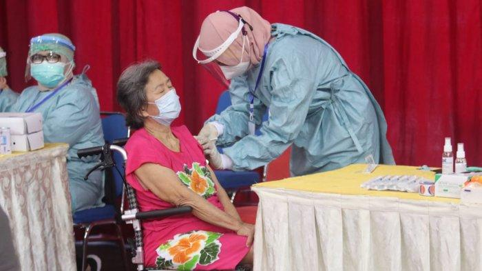 Baru 25 Persen Vaksinasi Lansia di Balikpapan, Bingung Cara Daftar Bisa Minta Bantuan RT