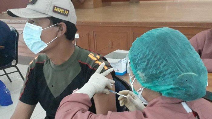 Besok, Giliran 3.300 Lansia dan Pelayan Publik di Kutim Disuntik Vaksin Sinovac