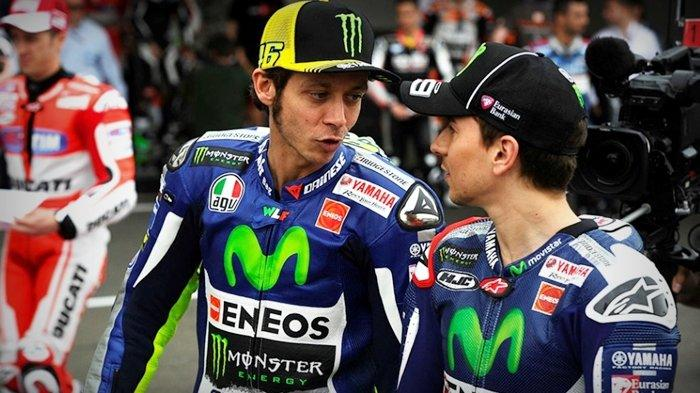 Valentino Rossi Blak-blakan Tanggapi Keputusan Pensiun Rekan Setim Marc Marquez, Jorge Lorenzo