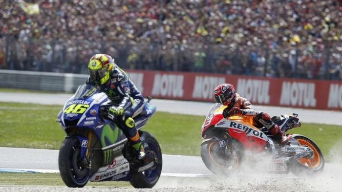 Jelang MotoGP Belanda, Lihat Video Persaingan Sengit Valentino Rossi dan Marc Marquez Musim 2015