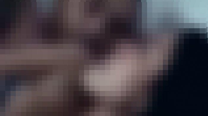 Video Panas Viral di WhatsApp dan Facebook, Ceweknya Pakai Seragam Pramuka Direkam di Ruang Tamu