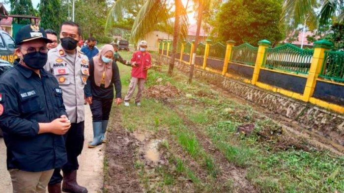 Wabup Kukar Rendi Solihin Tinjau Lokasi Banjir dan Longsor di Sangasanga Kutai Kartanegara
