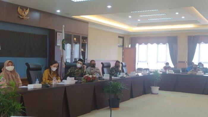 Komisi III DPRD Kukar Gelar RDP Terkait Pembagian Bungkil Sawit dengan PT Rea Kaltim