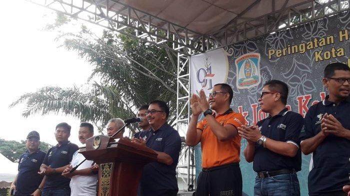 Walikota Balikpapan Rizal Effendi Beri Pesan Jaga Keakraban, Lelang Gunungan saat Hari Kesehatan