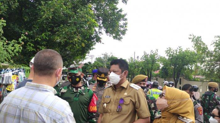100 Personel TNI/Polri Dampingi Walikota Bontang Gelar Inspeksi Prokes di Pasar Ramadhan