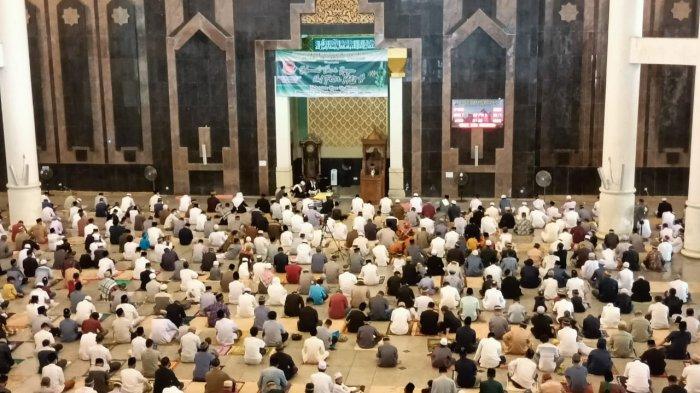 Sholat Ied Sesuai Prokes, Wali Kota Tarakan Harapkan Tidak Ada Klaster Idul Fitri dan Ramadhan