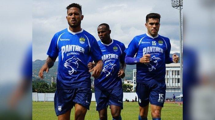Persib Bandung Agendakan Laga Uji Coba Saat Libur Liga 1, Siapakah Lawan Skuat Robert Rene Alberts?