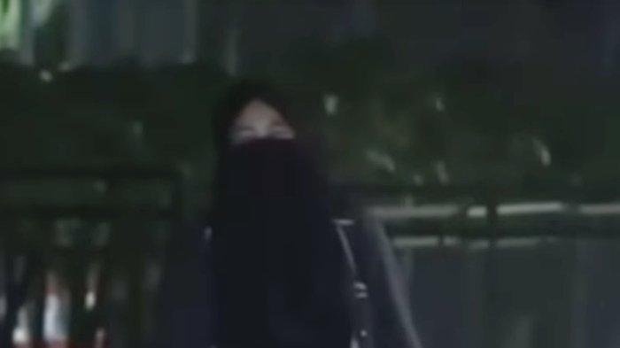 Terkuak Sejumlah Fakta Wanita Misterius Serba Hitam di Aksi 22 Mei, Pernah Mengaku Teman Teroris