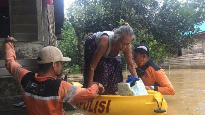 BREAKING NEWS Lagi, Desa Bukit Subur Kecamatan Penajam Kembali Banjir, Warga Mulai Diungsikan